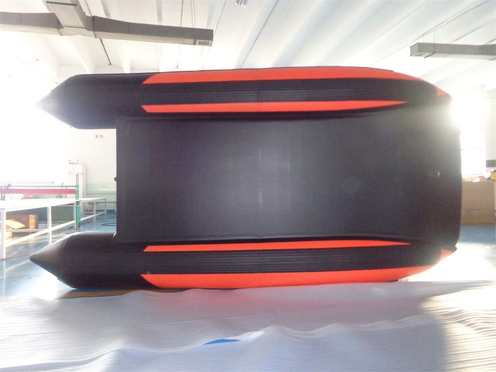 Schlauchboot HPS-Cat 380 Rot/ Schwarz- mit schwarzen Luftboden