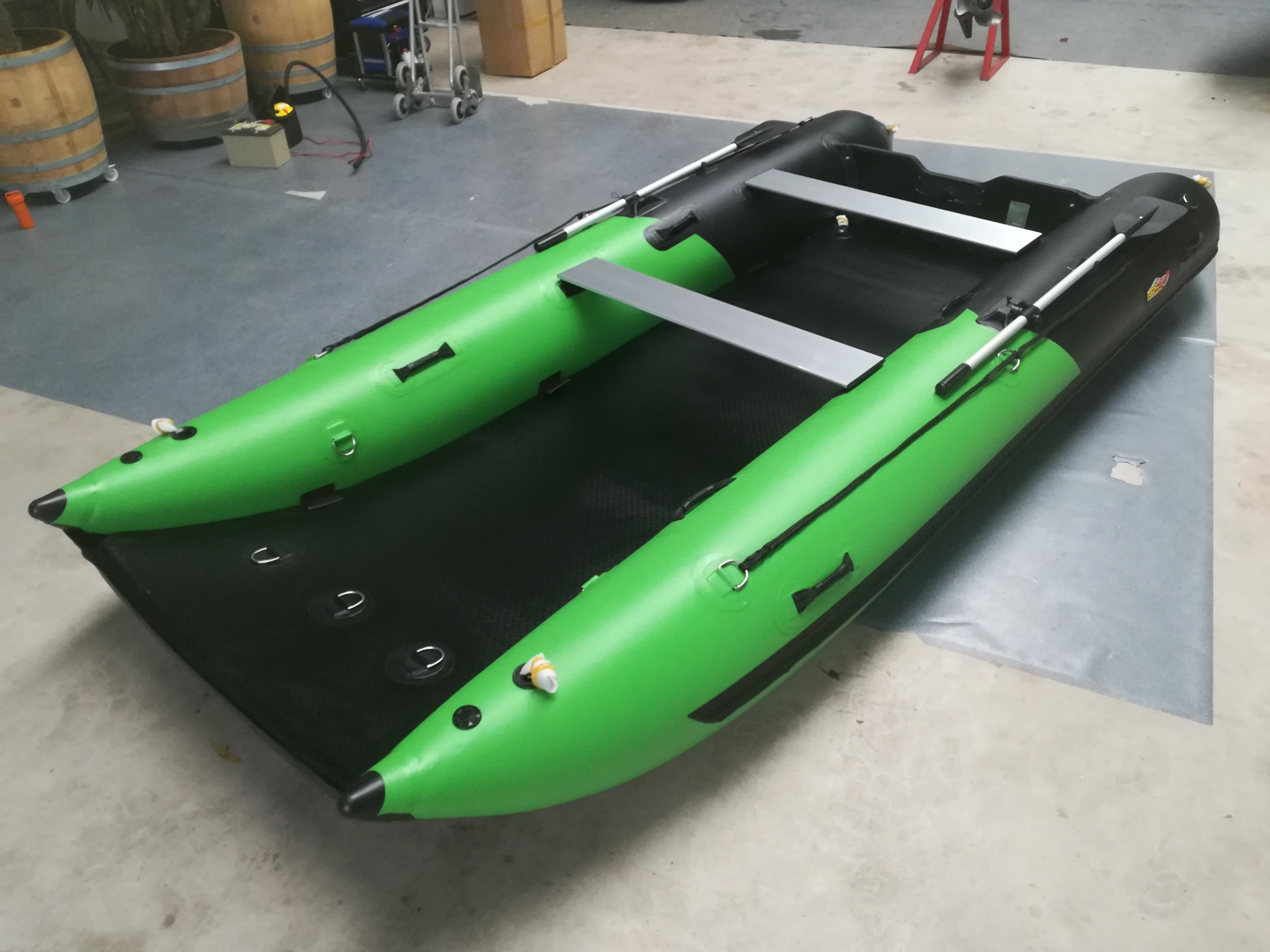 Schlauchboot HPS-Cat 420 Grün/ Schwarz !Neu jetzt mit GFK Spiegel !